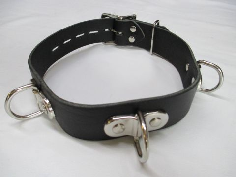 Leather 32mm wide Locking 3 Dee Ring  Collar